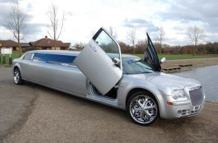 chrysler limo peterborough
